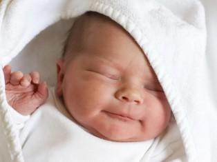 Зондирование слезного канала у новорожденных