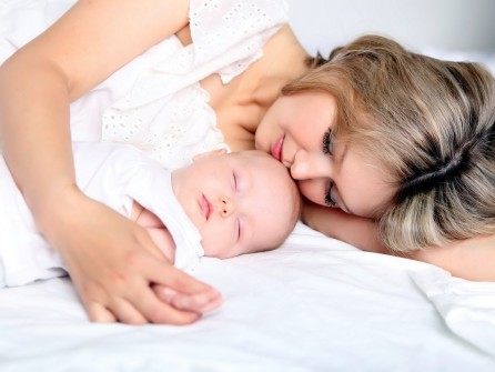 Совместный сон мамы и ребенка